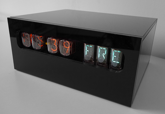 nixie clock with IN-12b and VFD (IV-17) weekday display